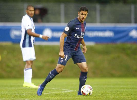 Recrue phare du club de la capitale, l'international français a été une nouvelle fois écarté par son entraîneur pour le match de championnat contre Caen, vendredi soir.