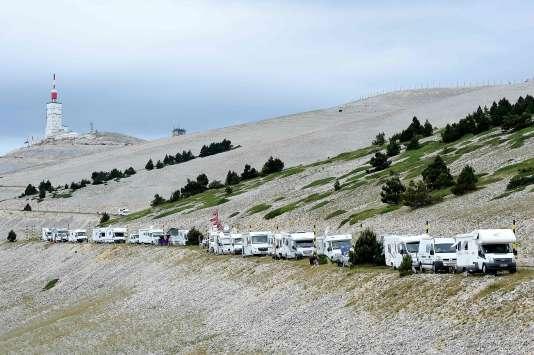 Le peloton du Tour d'ira pas jusqu'au sommet du Mont Ventoux, comme initialement prévu.