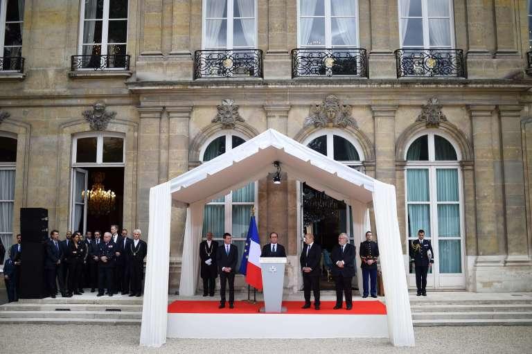 François Hollande au ministère de la défense, le 13 juillet.