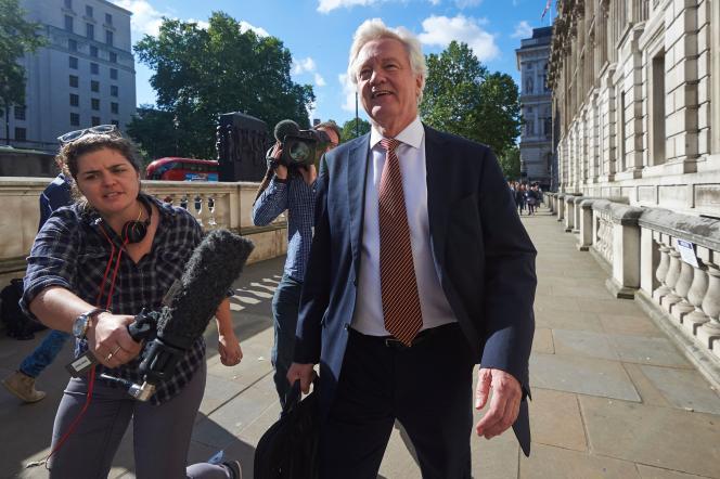 Lorsqu'il était ministre chargé de l'Europe dans les années 1990, David Davis était surnommé« Monsieur Non».