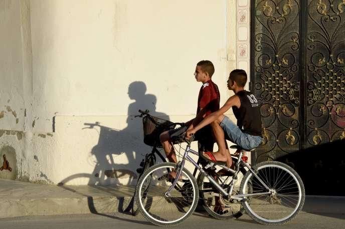 Dans les rues de M'saken (Tunisie), le 15 juillet.