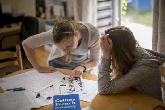 En plus des discussions en anglais, Olivia McDowell donne chaque jour deux cours de deux heures à Ondine.