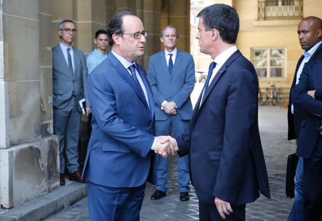 Francois Hollande et Manuel Valls, le 16 juillet à Paris.
