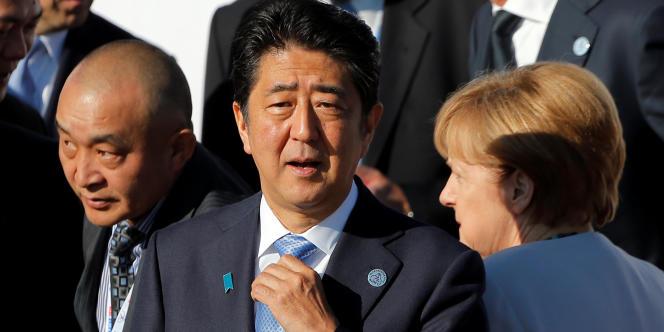 Le premier ministre japonais Shinzo Abe et la chancelière allemande Angela Merkel. Le 16 juillet.