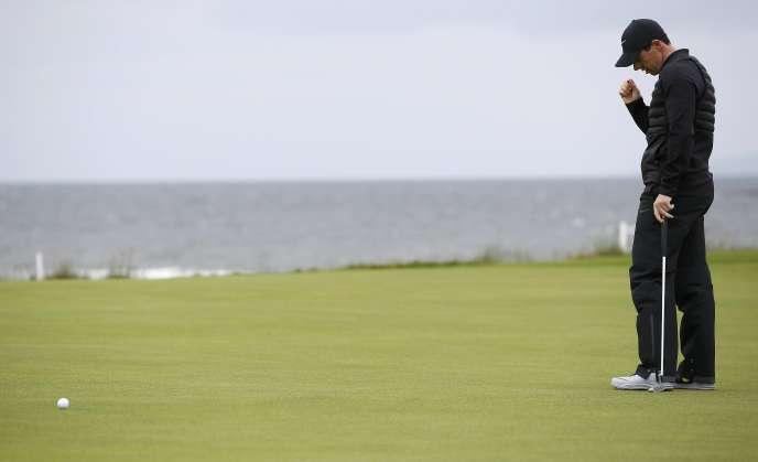 Rory McIlroy après avoir manqué un putt lors du British Open au Royal Troon, en Ecosse, le 16 juillet.
