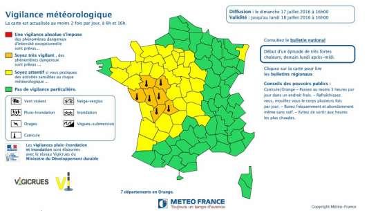 La carte des départements qui pourraient être affectés par un épisode de canicule, lundi.