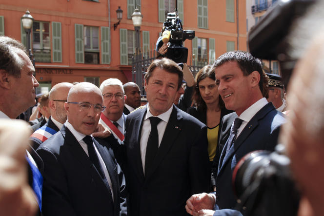 Eric Ciotti, Christian Estrosi et Manuel Valls, à Nice le 18 juillet.