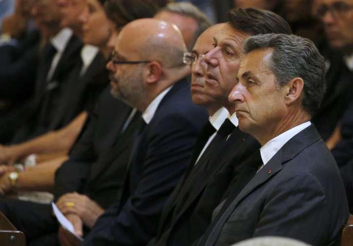 Nicolas Sarkozy, Christian Estrosi et Eric Ciotti ( de droite à gauche), à la cathédrale de Nice, le vendredi 15 juillet.