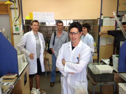 Les étudiants français du laboratoire de chimie organique du Technion.