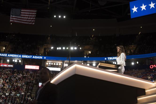 Melania Trump, devant les délégués de la convention républicaine, lundi 18 juillet.