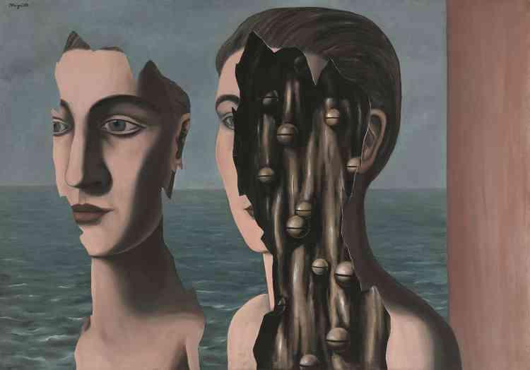 «Des collages de Max Ernst, Magritte retient l'efficacité subversive qu'il applique à sa dénonciation des limites de l'image. Il dévoile qu'elle n'est qu'une marqueterie, une pellicule qu'il est loisible de découper, de faire glisser à la surface du tableau.»