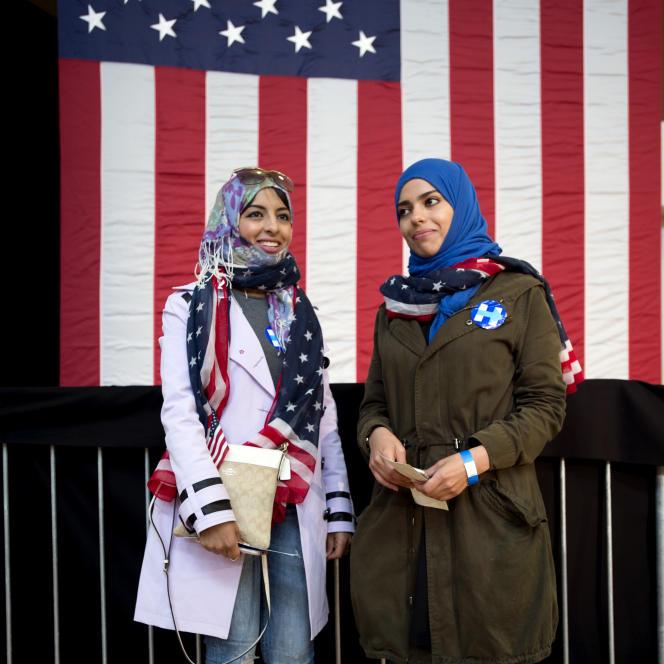 Partisanes d'Hillary Clinton lors d'un rassemblement de la candidate à Oakland (Californie), en mai.
