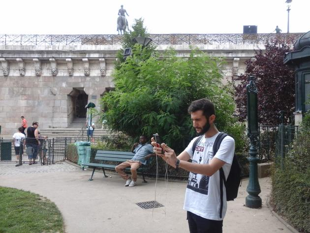 Nicolas cherche Minidraco au square du Vert-Galant, à Paris.
