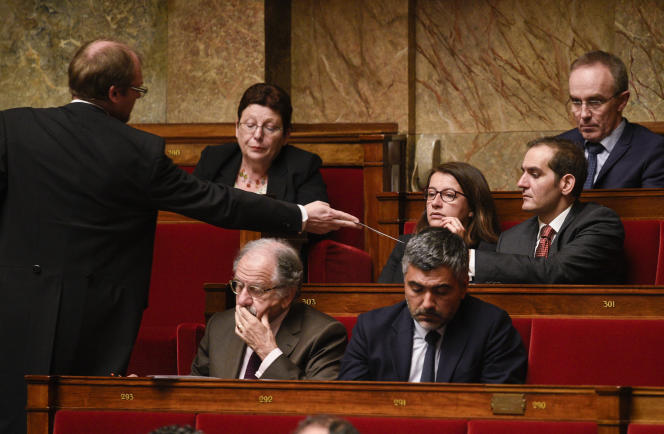 Questions au gouvernement à l'Assemblée nationale à Paris.