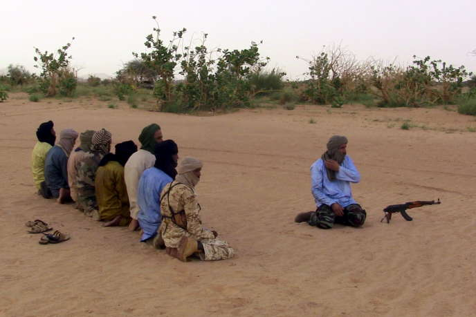 Des membres de laCoordination des mouvements de l'Azawad(CMA(, en août 2015.