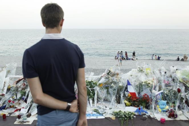 Promenade des Anglais, à Nice, le 21 juillet.