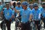 Le prince héritier Maha Vajiralongkorn lors de la campagne « A vélo pour maman», à Bangkok, le 16 août 2015.