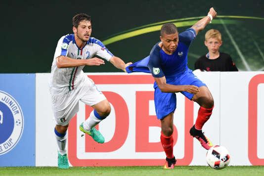 Kylian Mbappé face à l'Italie, en finale de l'Euro U19