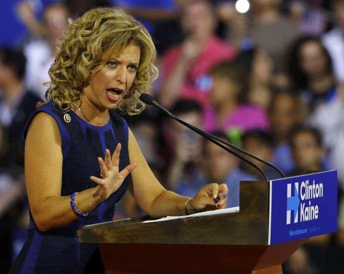 Debbie Wasserman Schultz, présidente du Comité national démocrate (CND), à Miami (Floride) le 23 juillet.
