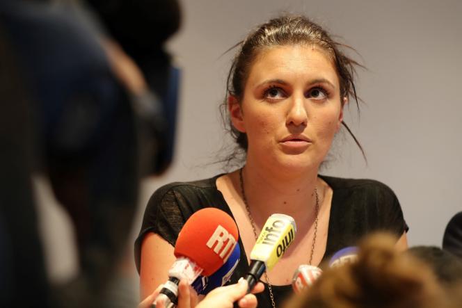 La policière Sandra Bertin, le 24 juillet pendant une conférence de presse à Nice.