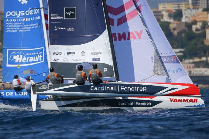 «Cardinal-FenêtréA» remporte la Super Finale de Marseille, septième acte du Tour de France à la voile.