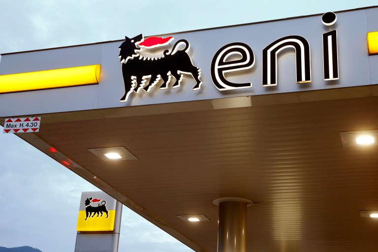 Une station essence ENI à Lugano, en Suisse.