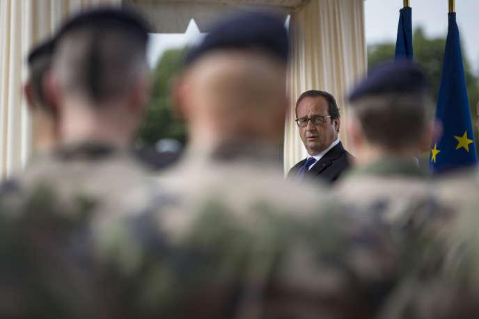 Le président Francois Hollande, le 25 juillet 2016 à Vincennes.