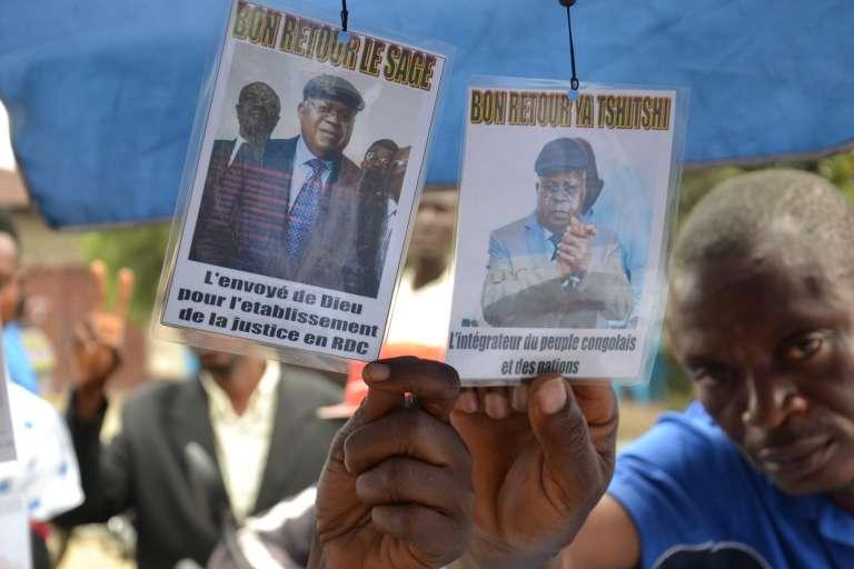 Les militants deEtienne Tshisekedi, à Kinshasa, le 26 juillet.