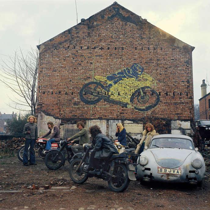 Kingston Racing Motors. Dimanche, printemps 1975. 16 h. Olinda Terrace, Leeds.