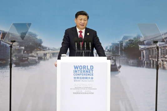 Le président chinois Xi Jinping lors de la deuxième conférence mondiale sur l'Internet, dans une petite ville près de Shanghaï, le 16 décembre 2015.