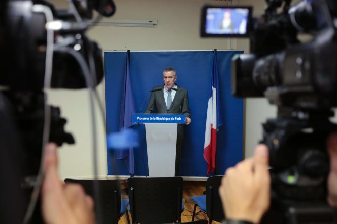 Le procureur de la République de Paris, François Molins, donne des éléments sur l'enquête après l'attentat contre l'église de Saint-Etienne-du-Rouvray, le 26 juillet 2016.