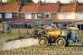 Pulvérisation de pesticides sur un champ de pommes de terre, à Godewaersvelde (Nord), en mai 2012.