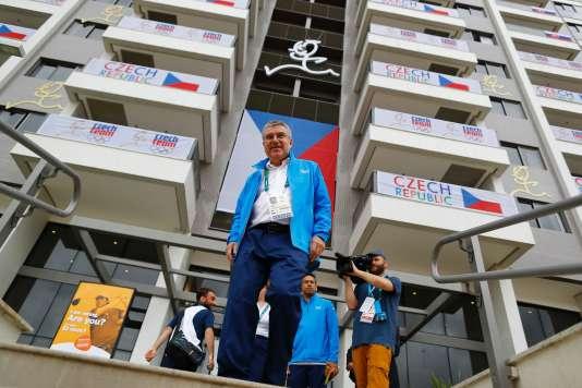 Thomas Bach au village olympique de Rio, le 28 juillet 2016.