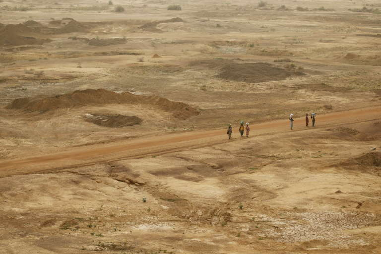 Une piste qui relie Maroua à la frontière avec le Nigeria.
