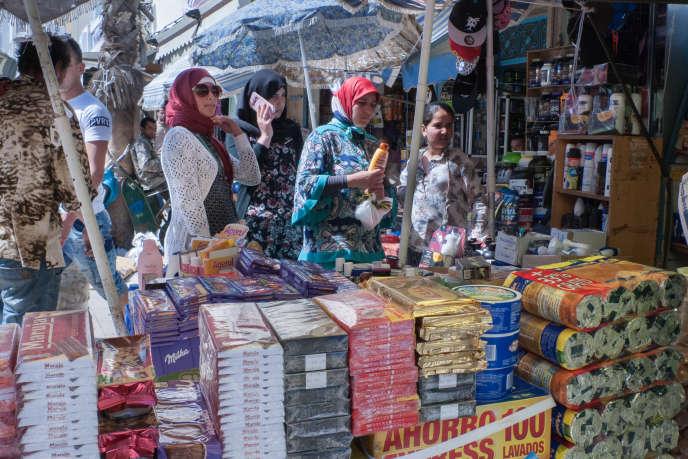 Au marché de Castillejos, tous les produits sont espagnols.