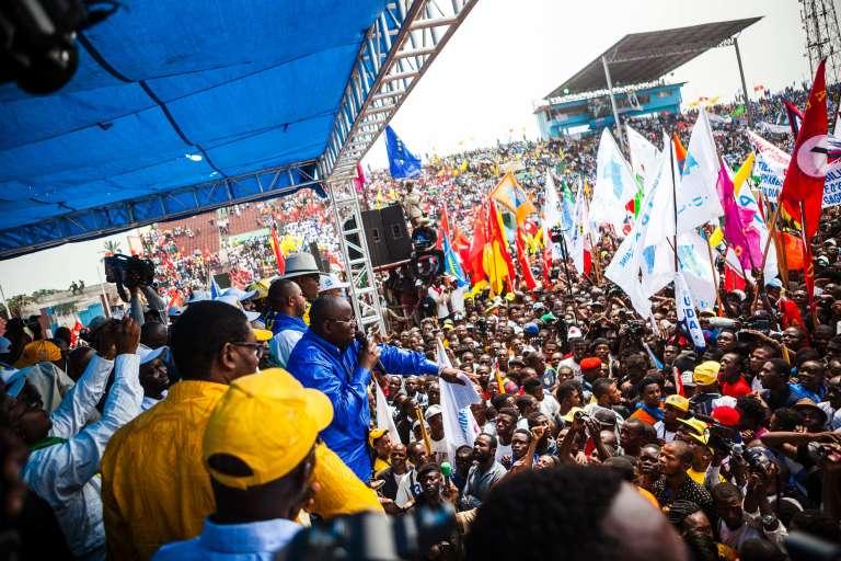 Aubin Minaku, président de l'Assemblée nationale et soutien deKabila, lors d'une meeting à Kinshasa, le 29 juillet.