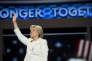 A Philadelphie (Pennsylvanie), Hillary Clinton aofficiellement acceptél'investiture démocrate pour l'élection présidentielle américaine du 8 novembre.
