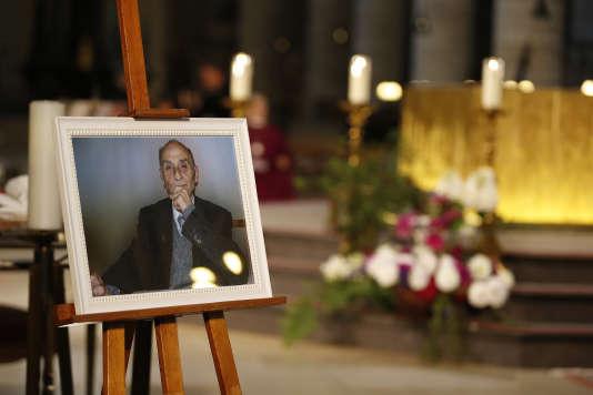 Une photo du père Jacques Hamel, lors de ses obsèques dans la cathédrale de Rouen, mardi 2 août.