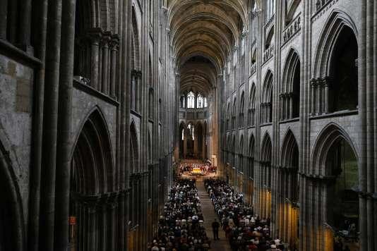 La messe da la cathédrale de Rouen, le 26 juillet.