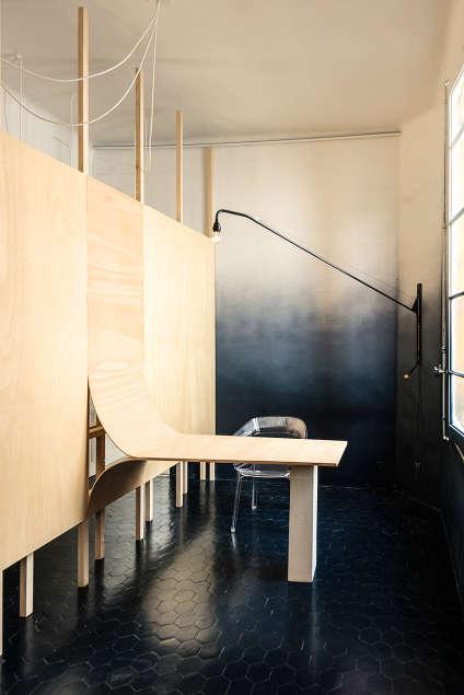 L'Immersed Office du studio Quetzal, premier prix, s'inspire de la structure d'un bateau.