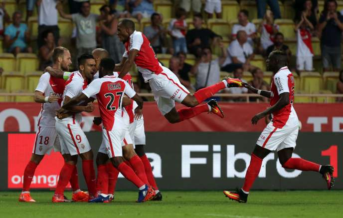La joie des Monégasques après leur victoire sur Fenerbahçe.
