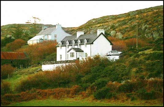 Photo prise le 24 décembre 1996 près de Schull (comté de Cork, Irlande) de la maison appartenant au producteur de cinéma Daniel Toscan du Plantier, où le cadavre de son épouse, Sophie, 39 ans, avait été retrouvé.