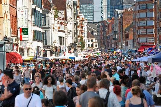 A la braderie de Lille, en septembre 2011. Chaque année, plus de 2 millions de visiteurs se pressent dans les rues de la capitale des Flandres pour cet événement.