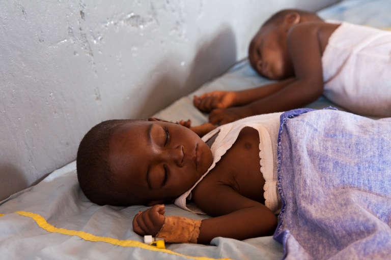 Deux frèresrécupèrent au Creni de l'hôpital préfectoral de Siguiri.