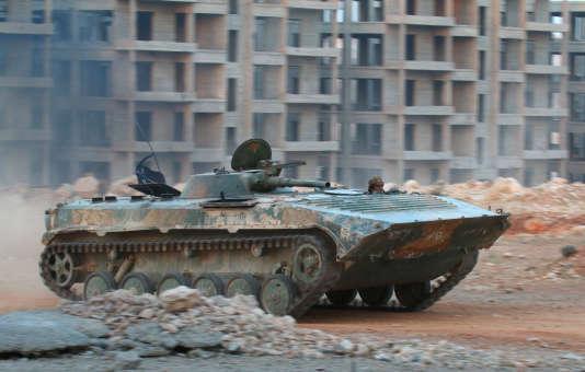 Un combattant duFront Fatah Al-Cham (nouvelle appellation du Front Al-Nosra), à Alep, le 5 août.
