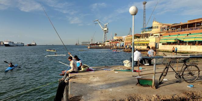 Le gouvernement a de nombreux projets économiques pour la région du delta du Nil. A Port-Saïd, le canal de Suez a été agrandi il y a deux ans pour générer plus de recettes. Malheureusement, le fret maritime a baissé.