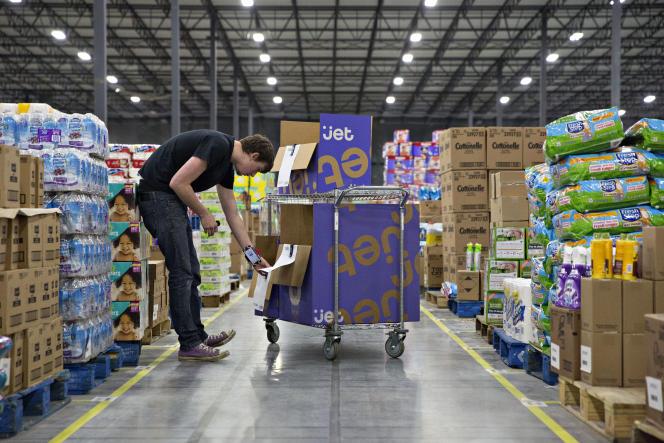 Dans un entrepôt du site de commerce en ligne Jet, à Kansas City (Kansas), en novembre 2015.