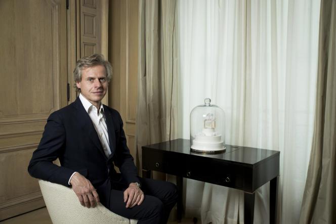 Laurent Boillot, PDG de Guerlain, le 5 juillet 2016, dans le salon –visitable –du magasin des Champs-Elysées à Paris.