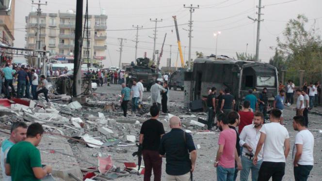 Une explosion a tué trois civils dans la localité de Kiziltepe, au sud de la ville de Mardin, en Turquie.