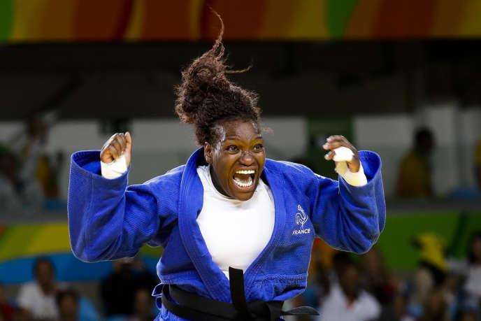 Emilie Andeol a réussi l'exploit de remporter la médaille d'or des + de 78 kg vendredi à Rio.